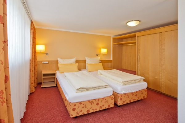 The Hotel Bären Rottweil remains open for you. With limited service.